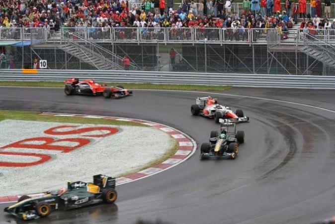 Formula 1 cars on the circuit