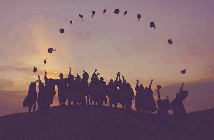 Internships vs graduate schemes