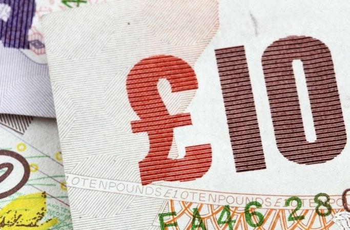 Image of a 10 pound note